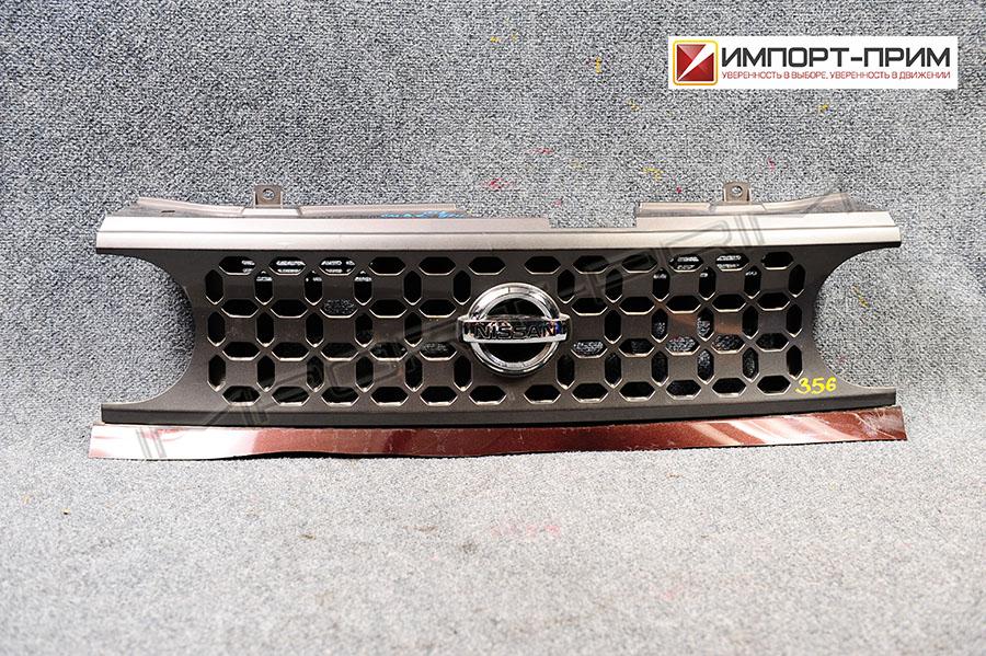 Решетка радиатора Nissan CUBE YZ11 HR15DE Фото 1