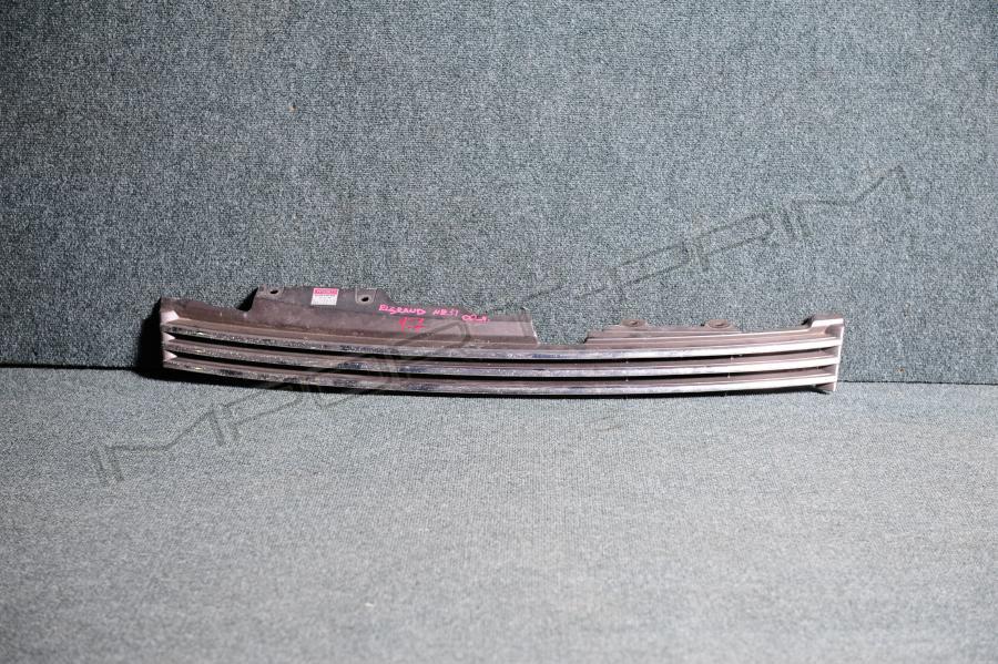 Решетка радиатора Nissan ELGRAND NE51 VQ35DE Фото 1
