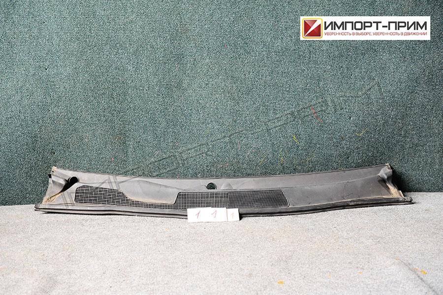 Планка под лобовое стекло Toyota KLUGER ACU20 2AZFE Фото 1