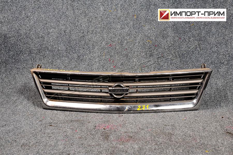 Решетка радиатора Nissan LARGO VW30 CD20 Фото 1