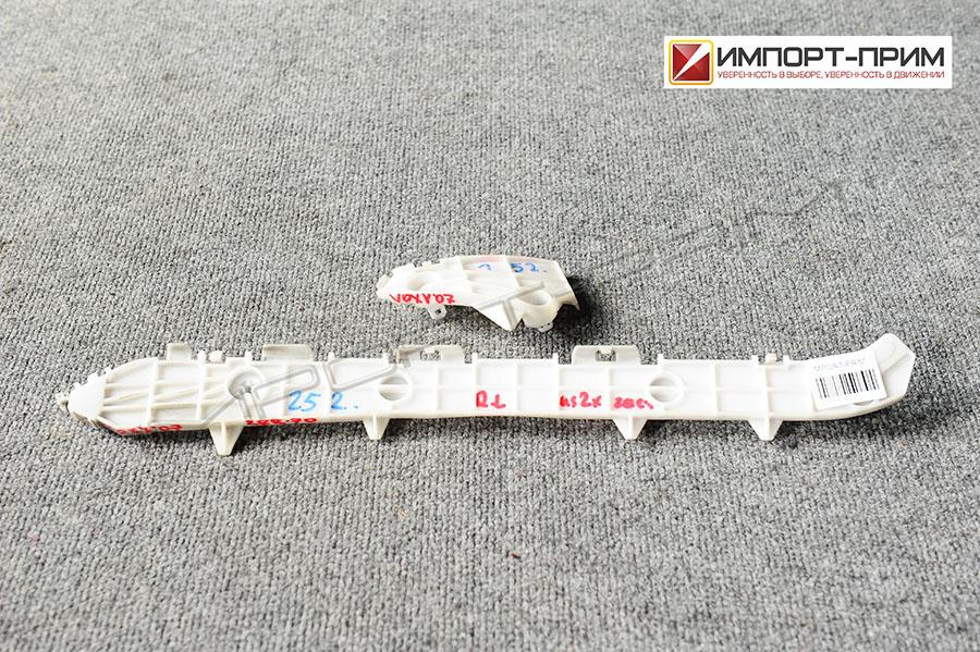 Крепление бампера Toyota VOXY ZRR70 3ZRFE Фото 1