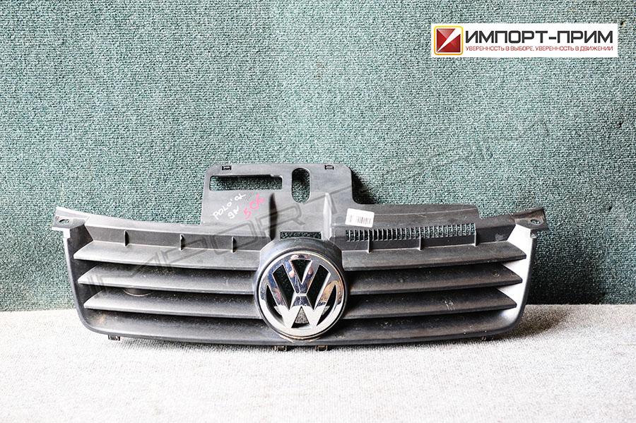 Решетка радиатора Volkswagen POLO 9N BBY Фото 1