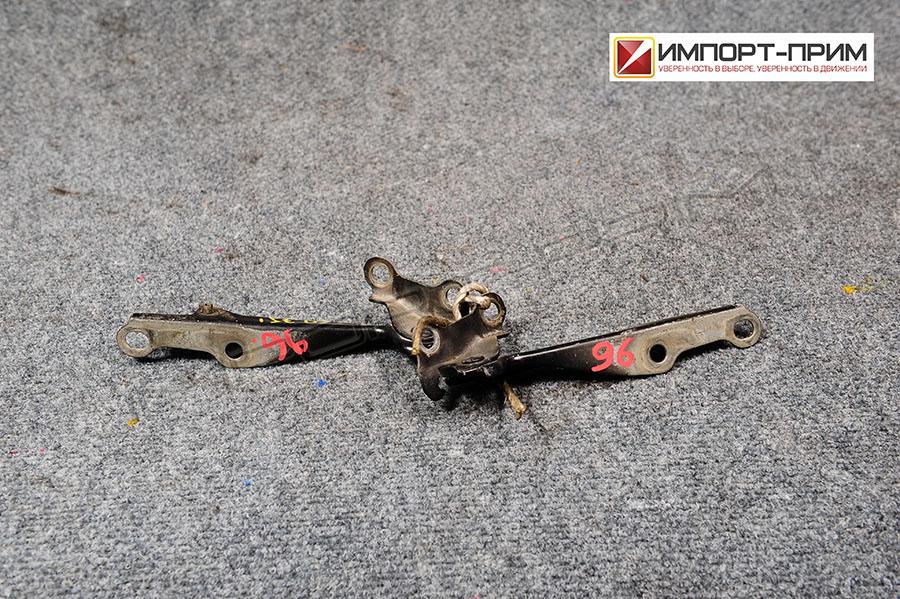 Крепление капота Toyota IST NCP61 1NZFE Фото 1