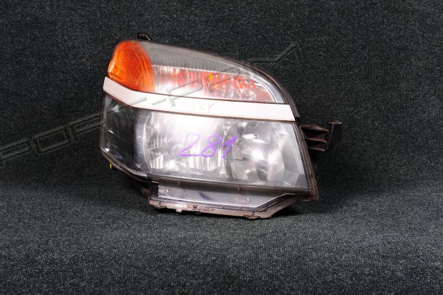 Фара Toyota VOXY AZR60 1AZFSE Фото 1