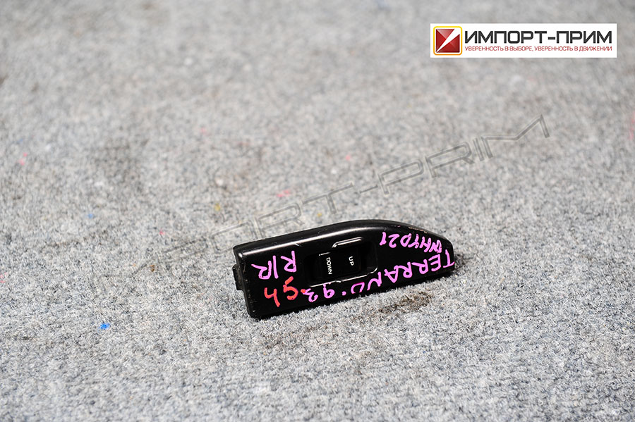 Блок упр-я стеклоподъемниками Nissan TERRANO WHYD21 VG30E Фото 1